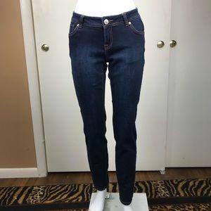 I.N.C. Curvy-Fit Skinny Leg denim Jeans